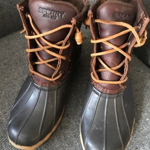 Sperry size 7 boots